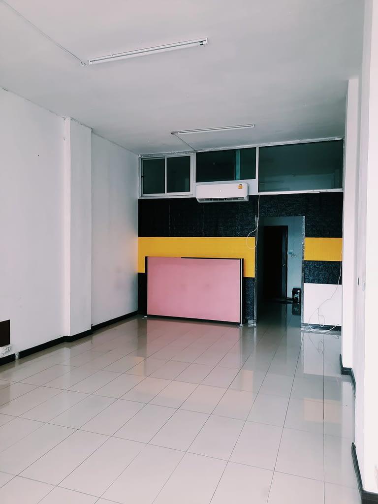 JSCO Office empty